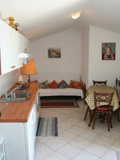 Pretty and welcoming apartment APP8 in Villa Zora for 4 persons in Icici