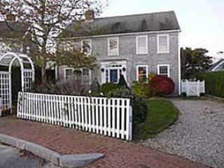 7 Curlew Court - West Meets East, Nantucket