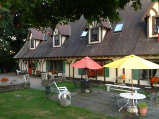 'Misselthwaite Manor' House Rental & B&B