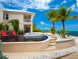 The Club at Little Cayman - Luxurious Living!, Pequeño Caimán