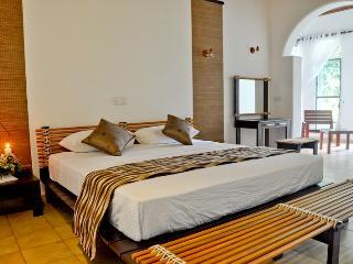 Luxury Villa, Bed & Breakfast, Kandy