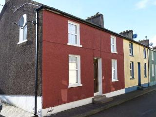 1 HIGHER OLD CONNELL STREET, seaside location, in Kinsale, Ref. 905073