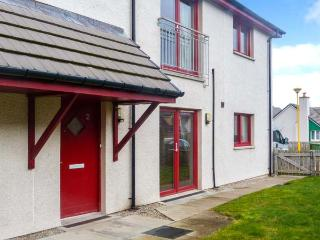 HILL VIEW APARTMENT, pet-friendly apartment close to village amenities, heart of Cairngorms, in Aviemore, Ref 906247