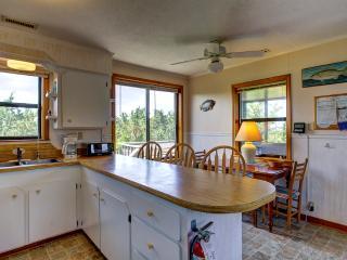 ABSea oceanblock cottage, Avon