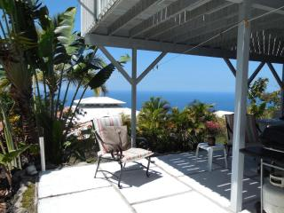 South Kona Studio, 2 mins from beach