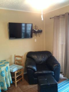 New 40' Flatscreen TV