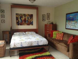 Beautiful Studio near the Beach in Isla Verde Area