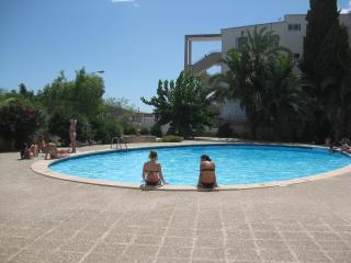 Sauber, Gepflegt, 150 M V Strand, Balkon, Heizung,neu: Mobile Klimaanlage, Santa Ponsa