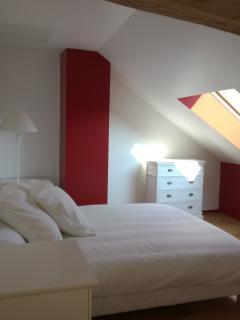 Upstairs - Queen Size Bedroom