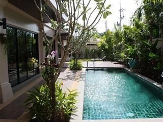 Three Bedroom Family Holiday Villa in Rawai, Phuket - raw16