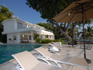 Donde Mira El Sol Acapulco home Resort