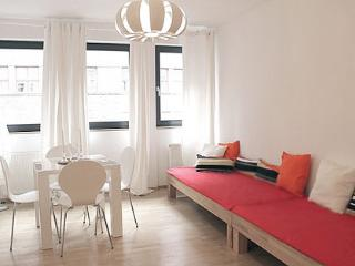 536 Cute Apartment in the Gallery District, Berlin
