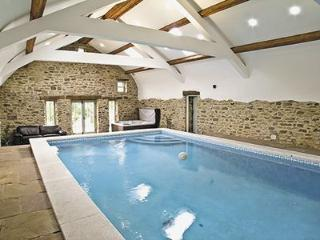 Cottage with pool Brancepeth Cottage, Durham