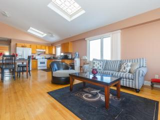 Stylish Apartment Near Times Square, North Bergen