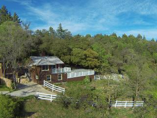 Cottage With Panoramic Views + Guest House + Spa, Julian