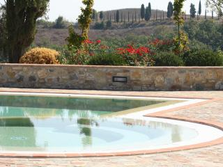 Private villa with pool, sleeps 10, Montaione