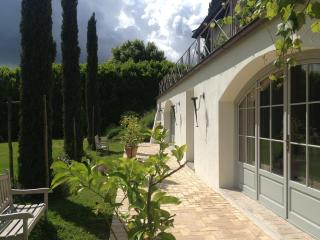 PORTICO ROMANO - POOL-huge SUITE - 25 km from ROME, Campagnano di Roma