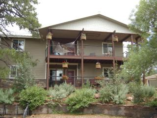 20% OFF fill a gap Flagstaff 4 bed/4 bath Hideaway