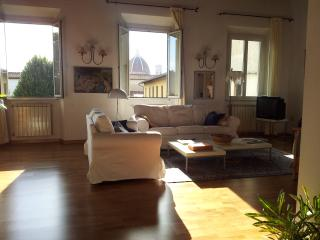 Beautiful Large Apartment Bellavista, Florença
