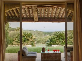 Charming Villa in St-Tropez, 8 bedrooms, 16 people, Saint-Tropez