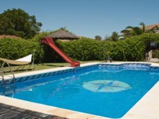 Villa de lujo con piscina privada, pistas de tenis y parque infantil, Ardales