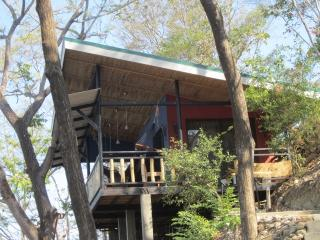 emerald abode overlooks sta. teresa surf breaks, Santa Teresa