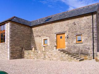 THE OLD BARN, wet room, stunning barn conversion, woodburner, pet-friendly, WiFi
