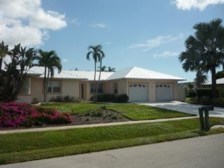 Inviting open concept living in this large Vacation Pool Home, Marco Island