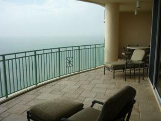 OUTSTANDING Luxury Condominium with stunning Gulf views !, Marco Island