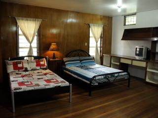 1896 Bed and Breakfast BAGUIO CITY–Del Pilar Room, Baguio