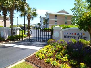 Updated, 1st Floor Unit, Intracoastal View, Pool
