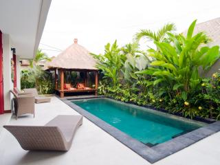 2 Bedroom Villa, central Seminyak