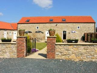 THE BARN, pet-friendly, WiFI, good touring base, terraced cottage near Thorton-le-Dale, Ref. 29724
