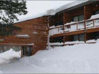 Tahoe Donner Lodge Exterior