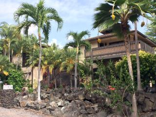 Alii Magic Sands Vacation Rental 3 min walk to Beach