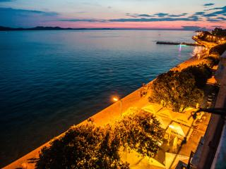 Bristol luxury apartment 4+2 with 100% sea view, Zadar