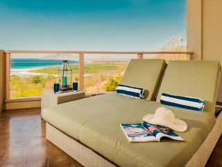 Beautiful 3 Bedroom Villa with Ocean Views, Tamarindo