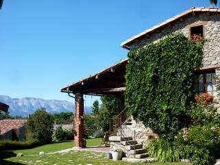 Casa Rural Cal Rei, Lles