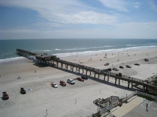 Ocean Front Full Size Condo - Reduced Fall Weekly Rate