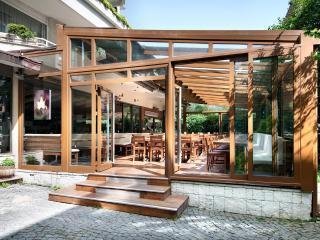 The Suadiye Residence, Istanbul