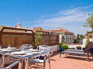 PETIT PLAISIR great private terrace!, Sitges