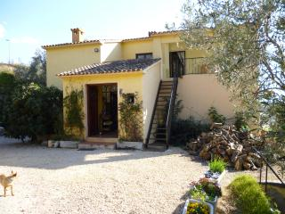 self contained apartment in private villa,own grounds and pool, Finestrat
