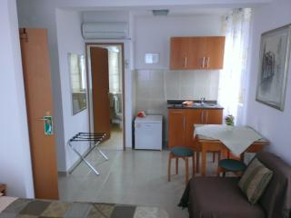 Studio apartment Šime (2+1)