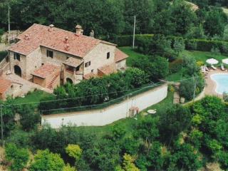 sorgente 3 appartamento in agriturismo podere fucile, Montepulciano
