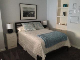 Santana Row 2 Bedrooms Loft Condo!, San José