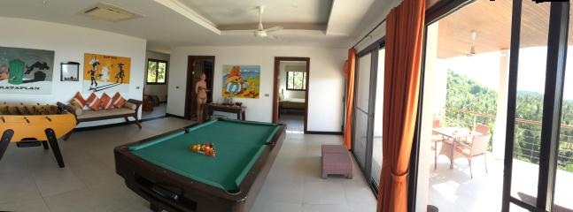 1st floor games room and terrace panoramic shot