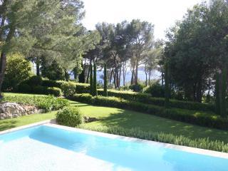 Villa Gigaro holiday vacation large villa rental france, riviera, cote dazur