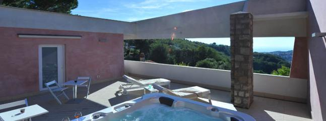 terrace with jacuzzi pool
