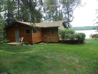 CABIN on BASSETT LAKE 1 Hr. north of DULUTH, MN, Brimson