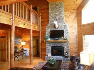 Luxury Cabin-3D Theater-Pool-HotTub-FirePit-Gamerm